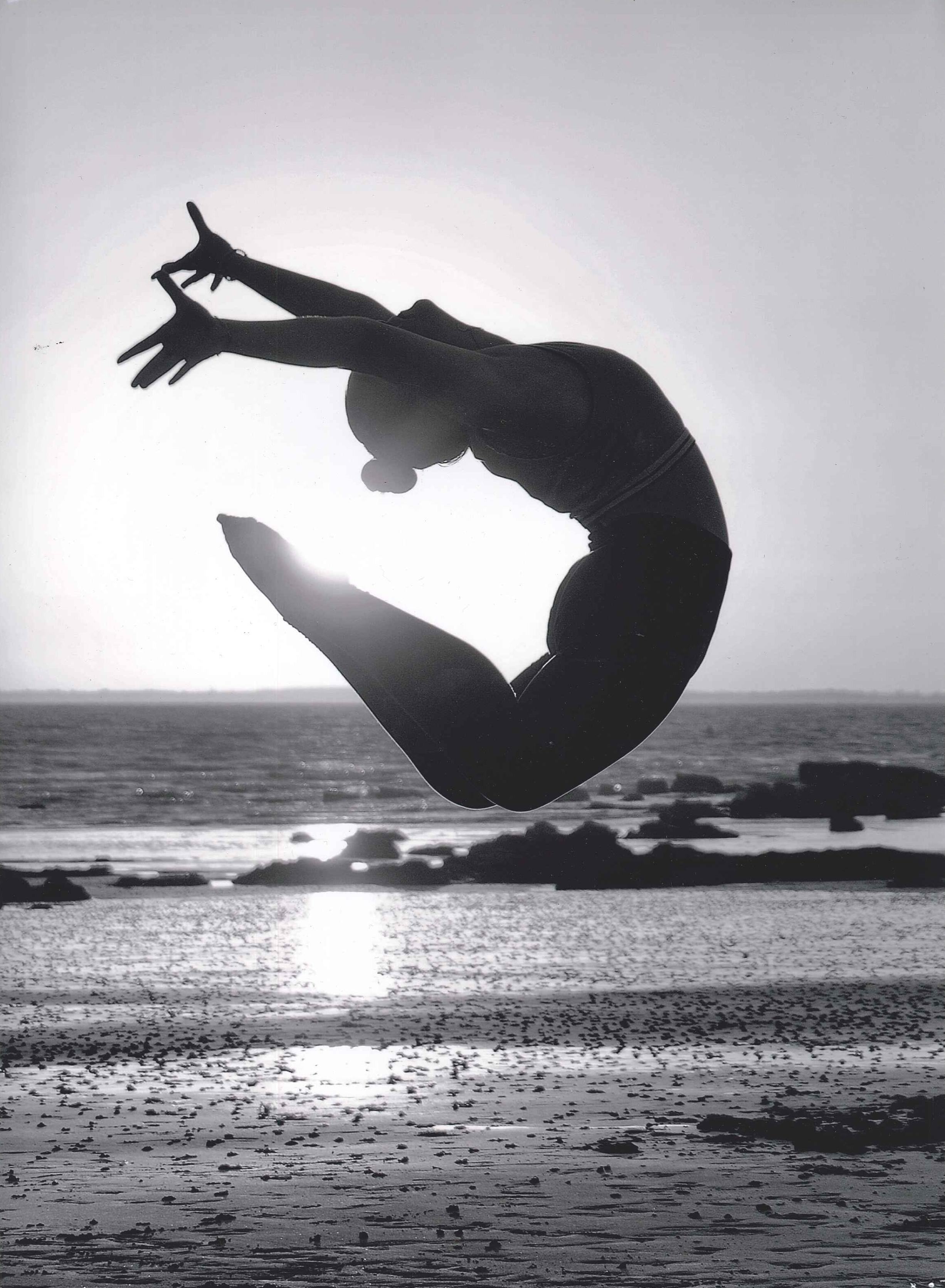 Le saut qui nargue le soleil de Roland GUILLET